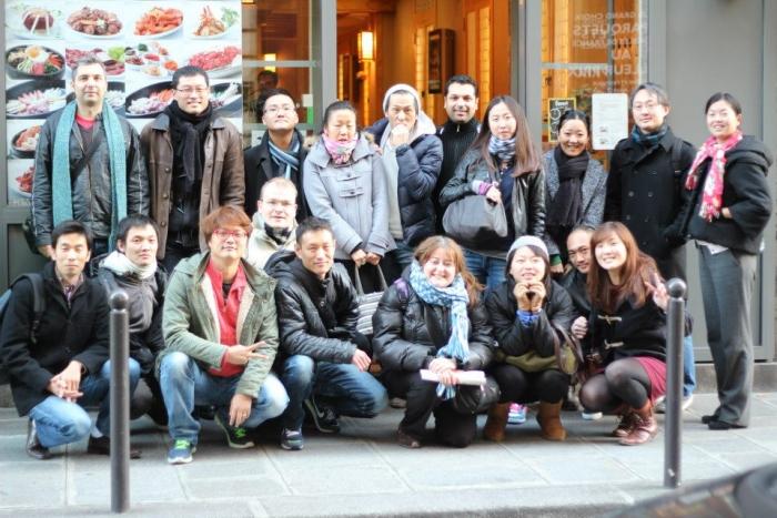Photo de groupe du repas mensuel parisien de novembre de Racines Coréennes