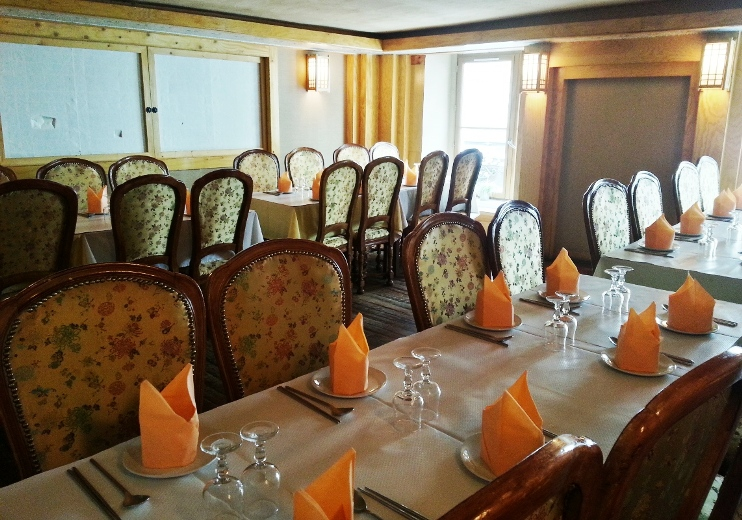 Etage du restaurant le Guibine