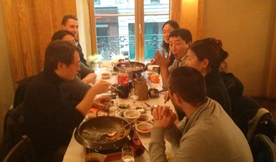 Photo groupe du déjeuner mensuel parisien de Racines coréennes de janvier 2014 3